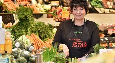 Rewe Istas Märkte: Expertin Carola Gritzner bei REWE Istas