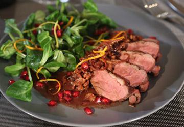 Rezept der Woche: Entenbrustfilet auf Feldsalat
